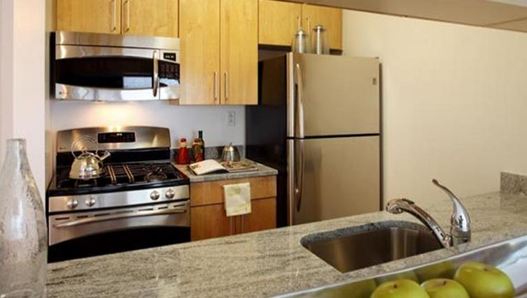 Functioning kitchen in 6th Avenue Apartments