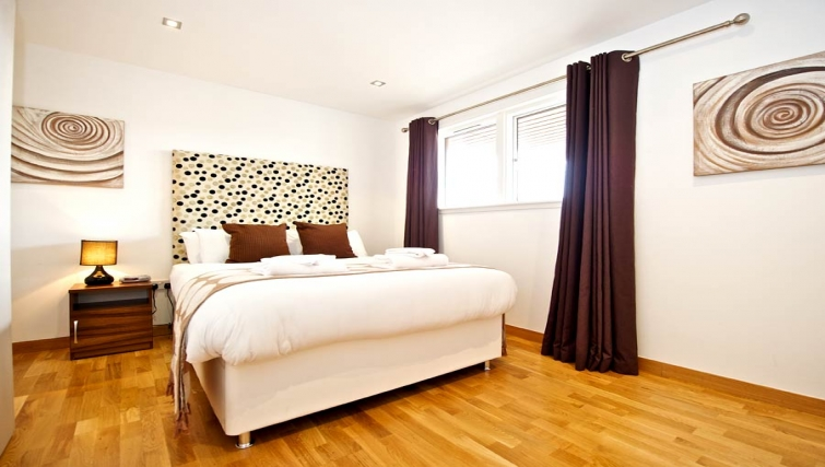 Timeless bedroom in Staycity Edinburgh West End