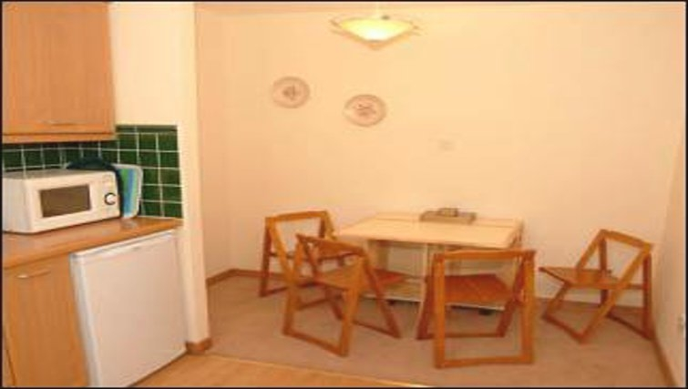 Excellent dining area in The Golf View Apartment