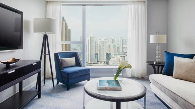Living room at Cordis Hotel Hong Kong, Kowloon, Hong Kong