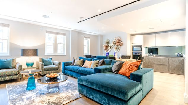Living room at Chancery Apartment, Holborn, London