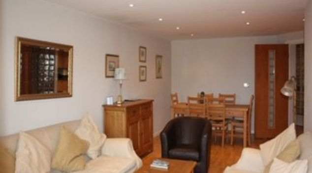 Memorable living area in Town Quay Apartments