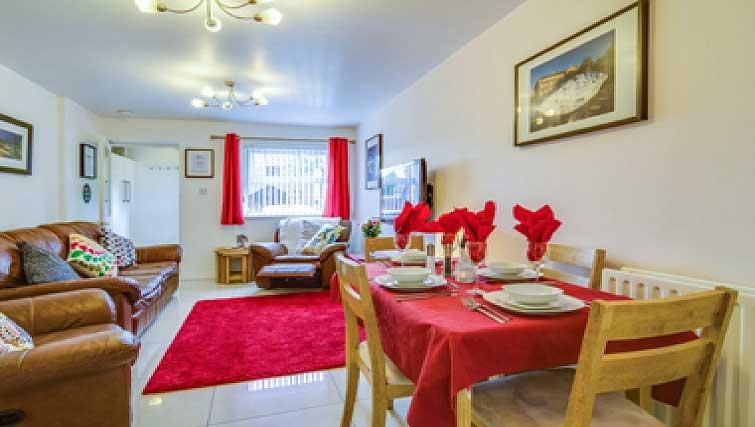 Bright living area in Belfast Apartment