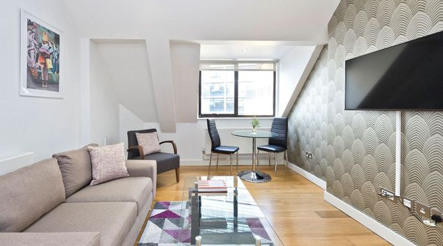 Living area atRed Lion Court by City2Stay, Chancery Lane, London