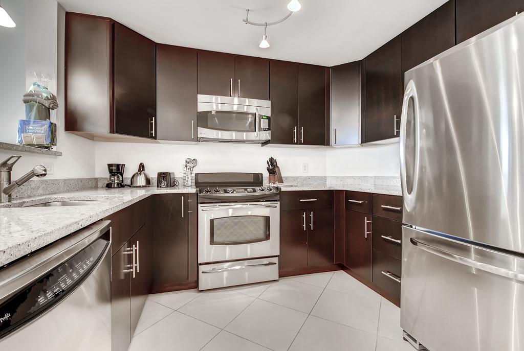Kitchen at 220 Twentieth Street Apartments, Crystal City, Arlington
