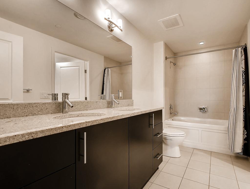 Bathroom at 220 Twentieth Street Apartments, Crystal City, Arlington