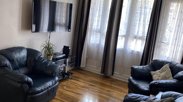 Living area at Regent's Canal Hackney Apartment, Cambridge Heath, London