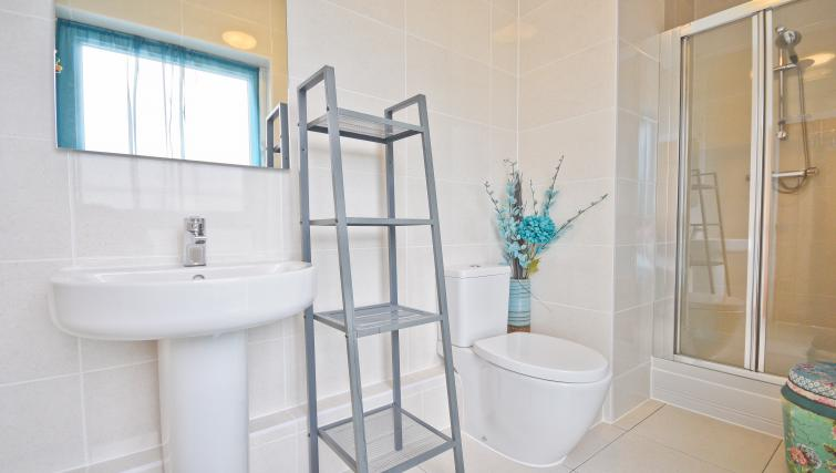 Functional bathroom in Splash Apartments