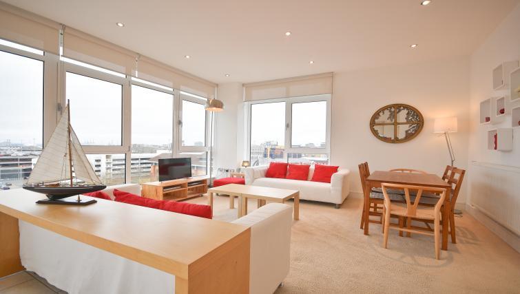 Spacious living area in Splash Apartments