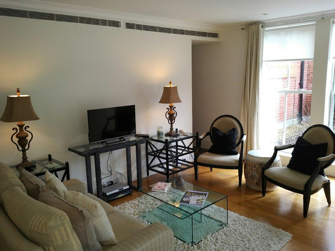 Living room at Mathison House
