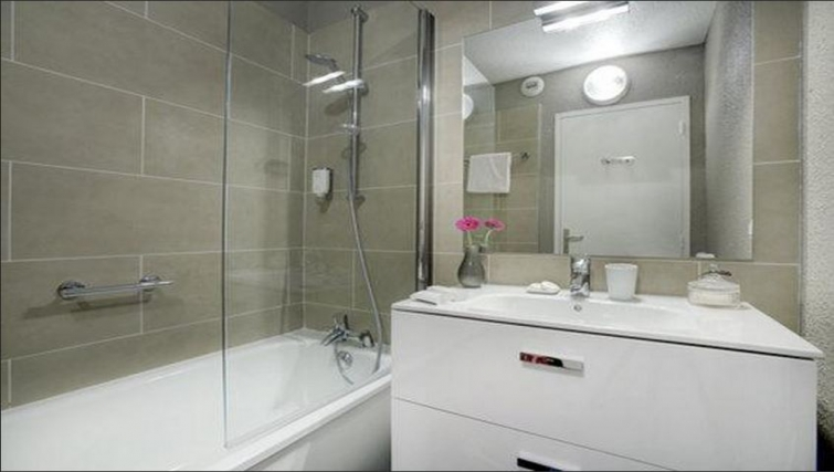 Bathroom in Citadines Cannes Carnot Apartments