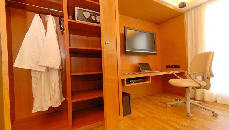 Quiet study area in JM Suites Hotel