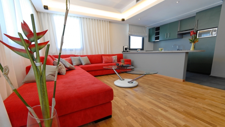Sophisticated living area in JM Suites Hotel