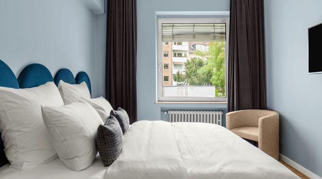 Bed at Artol Rooms & Apartments, Stadtbezirk 1, Dusseldorf