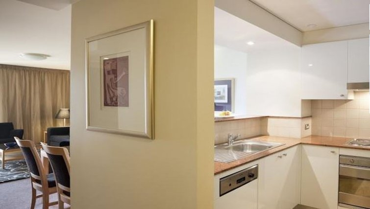 Immaculate kitchen in Quay West Suites Melbourne