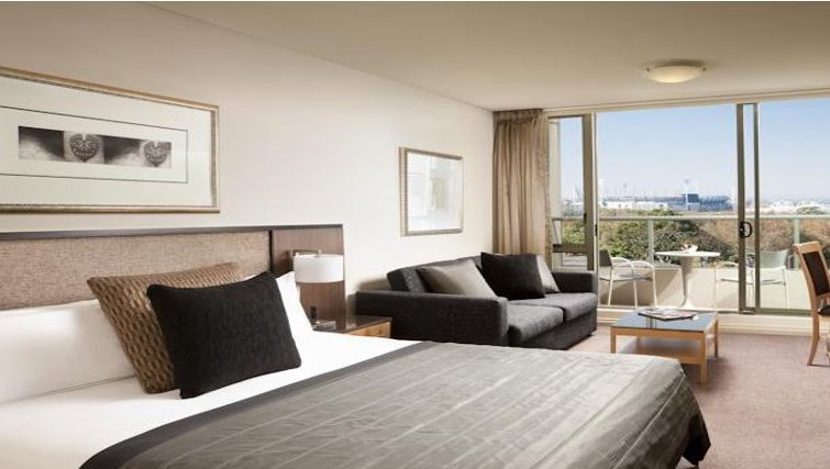 Spectacular bedroom in Quay West Suites Melbourne