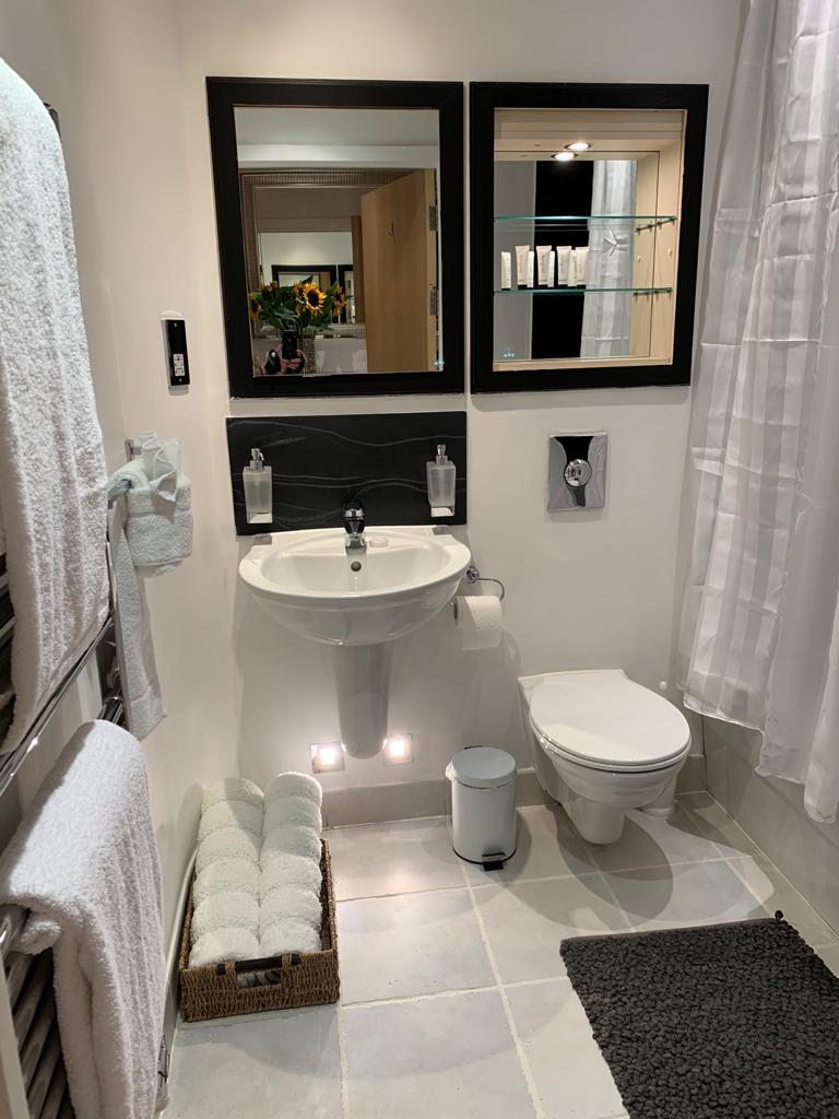 Bathroom at Millharbour Apartment, Canary Wharf, London