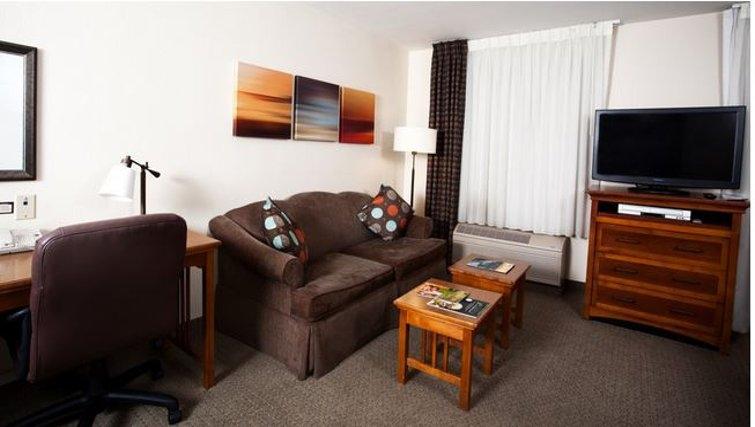 Spacious living area in Staybridge Suites Austin Arboretum