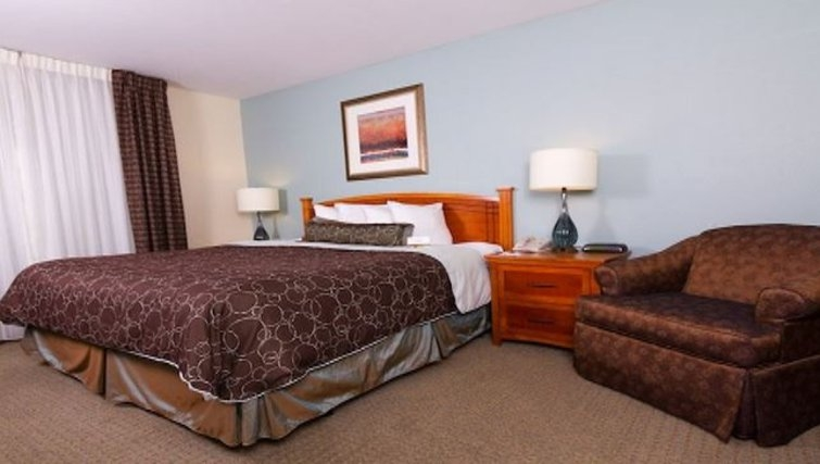Outstanding bedroom in Staybridge Suites Austin Arboretum