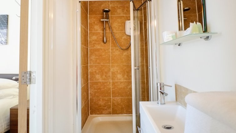 Bathroom at Hanbury Street Apartments