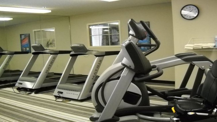 Gym in Candlewood Suites Austin Arboretum North West