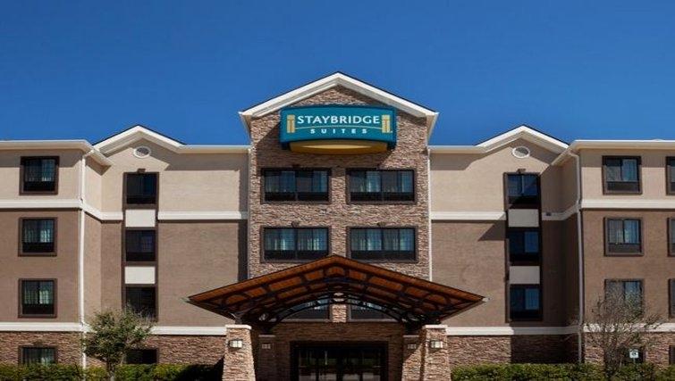 Exterior of Staybridge Suites Austin Northwest
