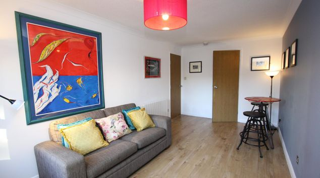 Living area at Bijou Merchant City Apartment, Merchant City, Glasgow