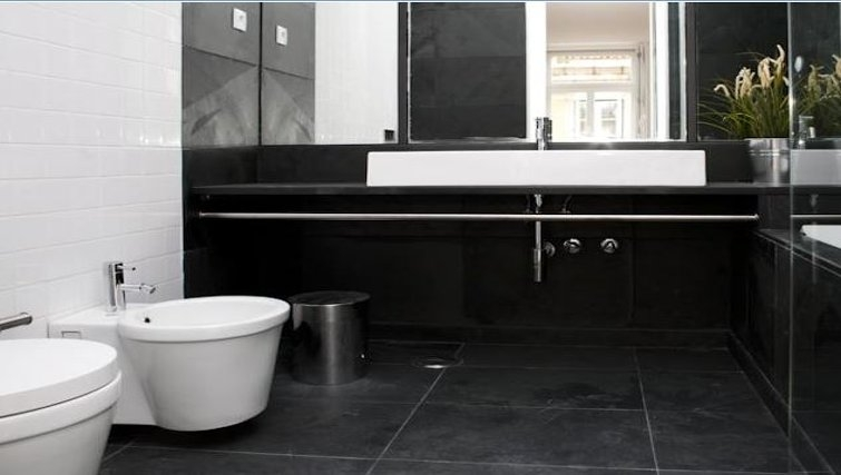 Beautiful bathroom in Praca do Municipio Apartments