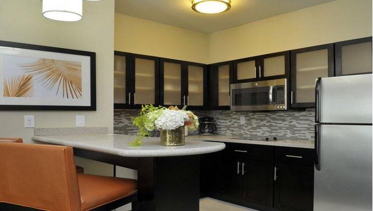 Kitchen in Staybridge Suites St. Petersburg