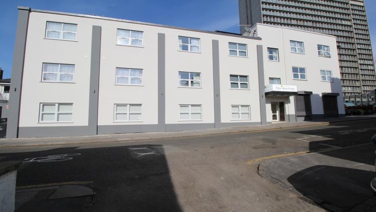 Exterior of Croydon High Street Apartments