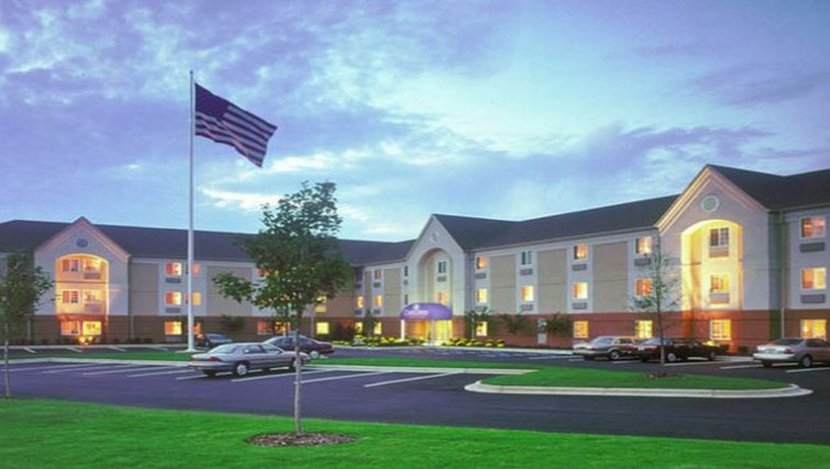 Exterior of Candlewood Suites Baltimore Linthicum