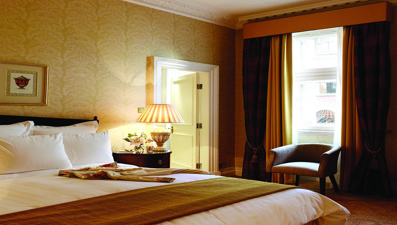 Bedroom at 47 Park Street
