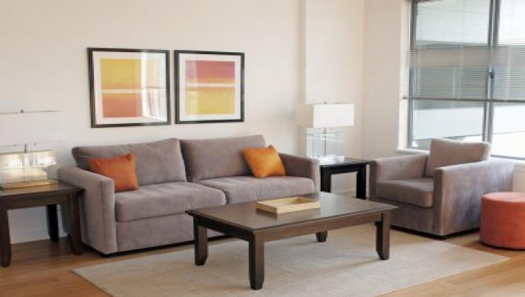 Dynamic living area in The Blvd Apartments
