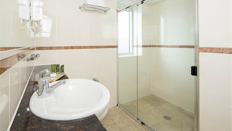 Stunning bathroom at Mantra on Kent