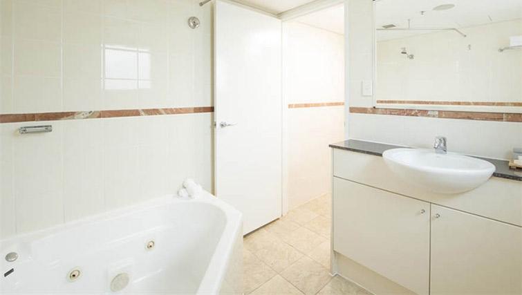 Overhwelming bathroom at Mantra on Kent