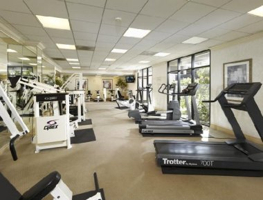 State of the art gym in Toluca Hills Apartments