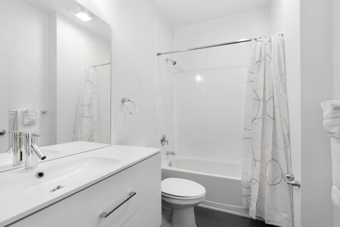 Bathroom at Stamford Blvd Apartments, Centre, Stamford