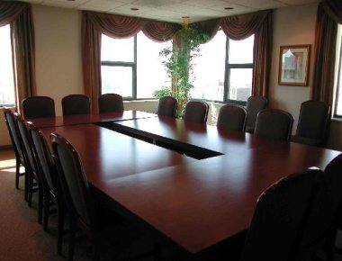Stylish meeting room in West Huron Street Apartments