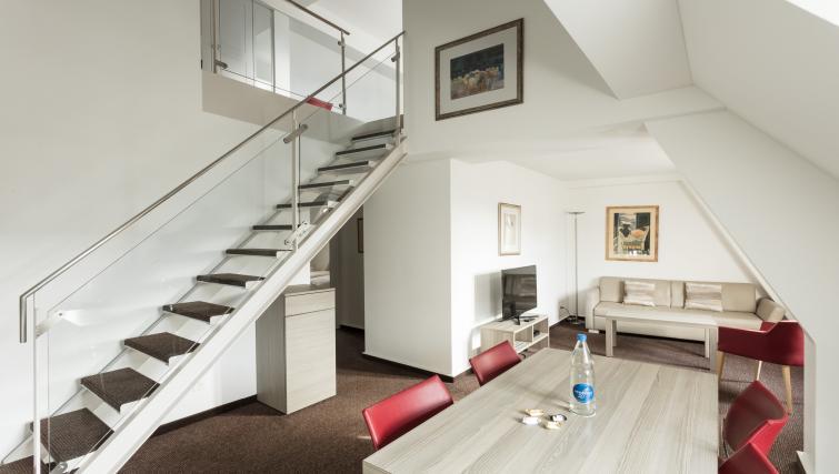 Cosy bedroom in Beckenhofstrasse 22 Apartments