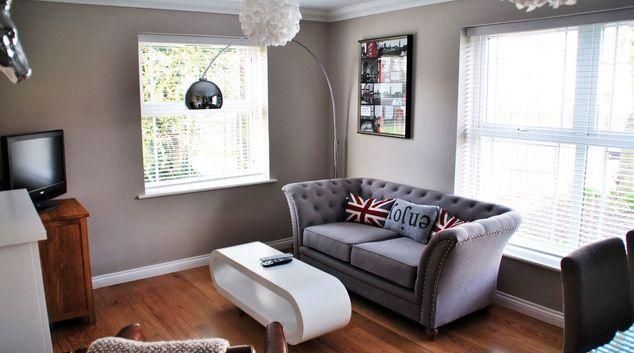 Living room at Clarendon Court Apartment