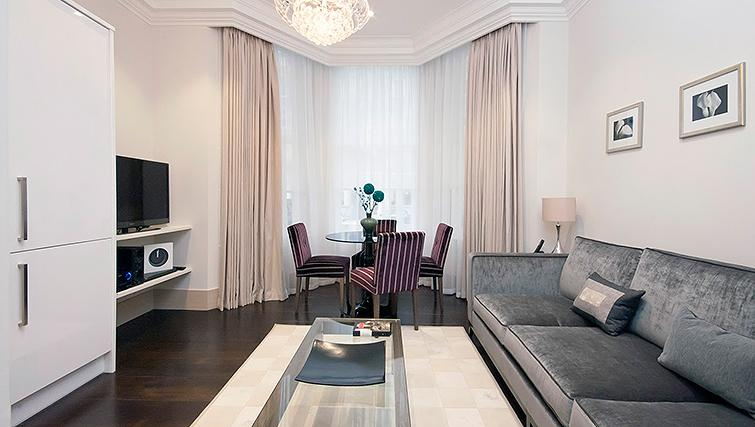 Dining area at Claverley Court Apartments