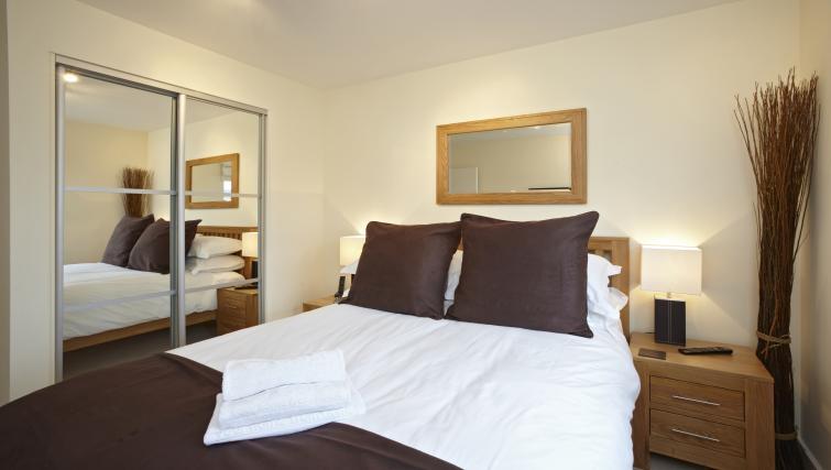 Modern bedroom at Heron House