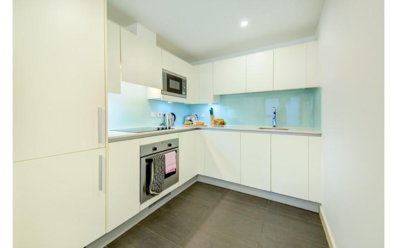 Kitchen at Finzels Reach Apartments