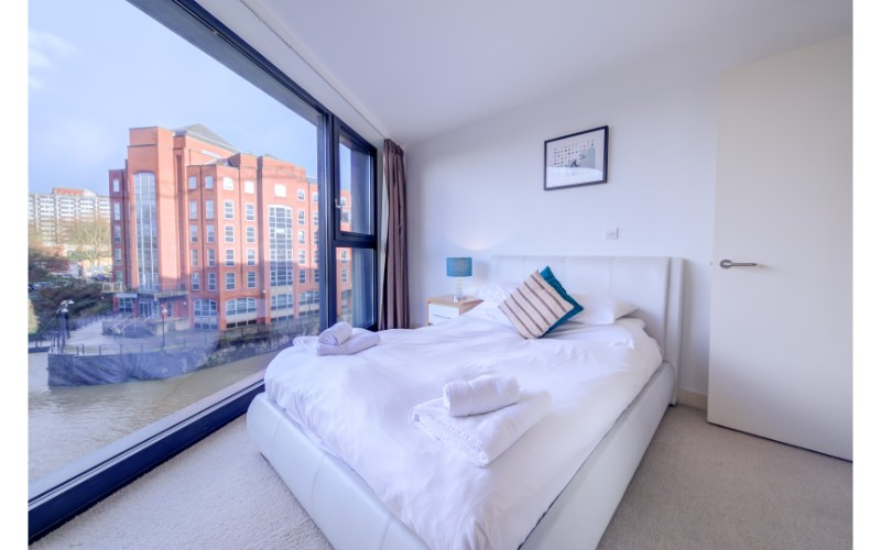 Large window view at Finzels Reach Apartments