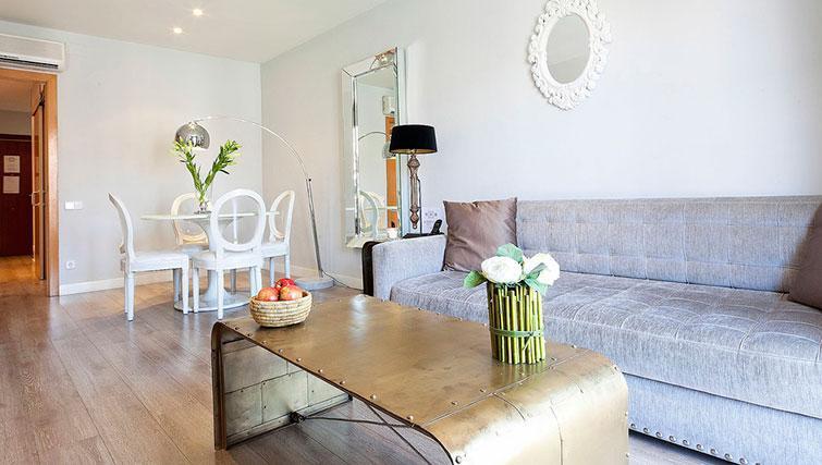 Coffee table at Grandom Suites Barcelona