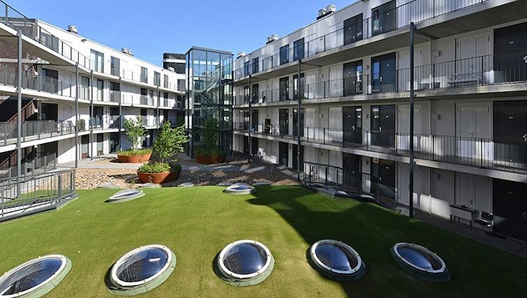 Exterior of World Fashion Apartments - Utrecht
