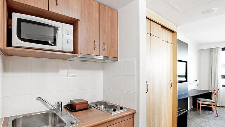 Basic kitchenette at Mantra Parramatta