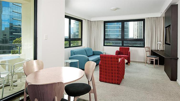 Refreshing living area at Mantra Parramatta
