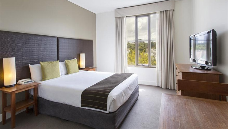 Outstanding bedroom in Mantra on Jolimont