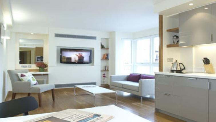 Modern living area in Turnmill Street Apartment
